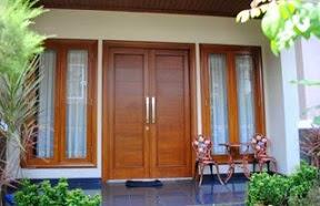 model pintu utama rumah yang bagus minimalis dari kayu jati